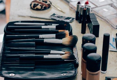 επαγγελματικα προιοντα μακιγιαζ